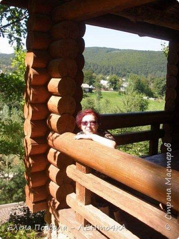 Друзья! А теперь мы с вами переместимся в потрясающе прекрасное Прикарпатское село Шешоры! Я очень люблю шешорские водопады, горные пейзажи, сельские хатки с деревянными тыночками  и лесные тропки с россыпями грибов! фото 8
