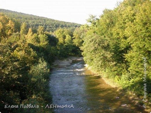 Друзья! А теперь мы с вами переместимся в потрясающе прекрасное Прикарпатское село Шешоры! Я очень люблю шешорские водопады, горные пейзажи, сельские хатки с деревянными тыночками  и лесные тропки с россыпями грибов! фото 51