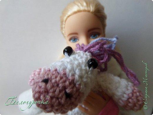 """Привет! Я сдаю работу на конкурс """"Детство"""" вместе с Софийкой...Софи! Убери пони! Я не для того тебя фотографирую, чтобы показать всем мордочку Зефирки! фото 2"""