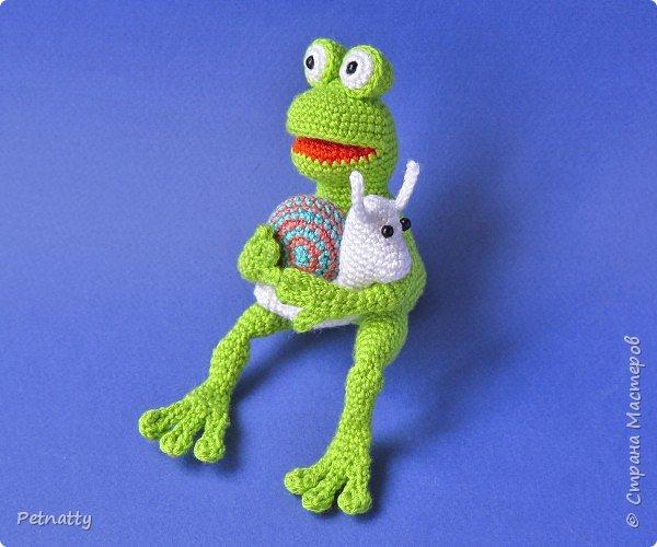 Крючок не отпускает. Связала игрушки для своего лягушонка: https://stranamasterov.ru/node/1152432 фото 3