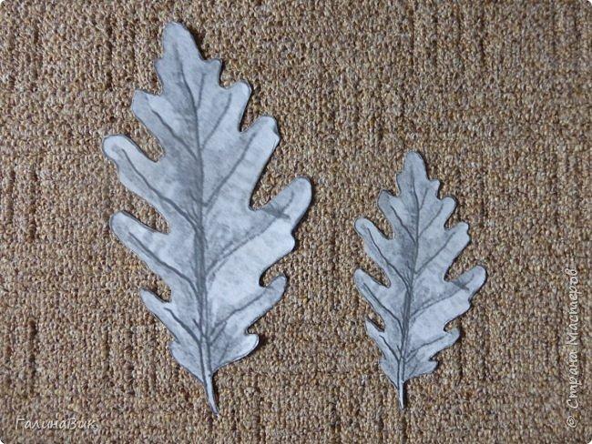 Всем добрый вечер! Для оформления школьного стенда ко Дню знаний придумала образы листьев в виде бабочек. фото 11