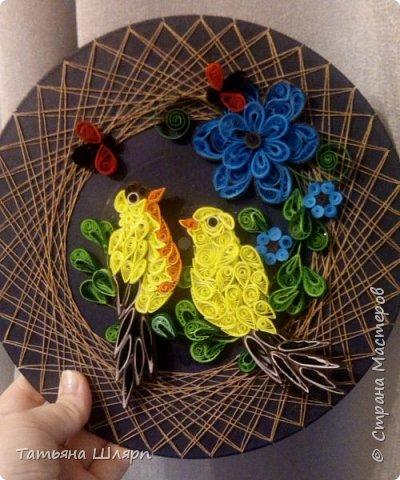 Красивая влюбленная пара птичек в технике квиллинг. фото 2