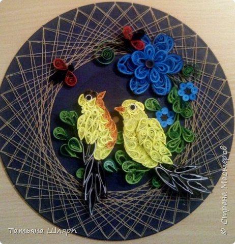 Красивая влюбленная пара птичек в технике квиллинг. фото 1