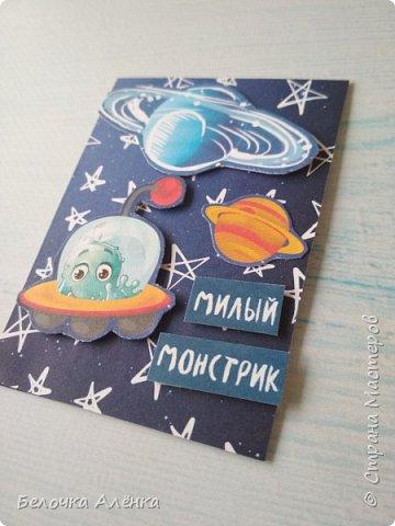 """Представляю вашему вниманию новую серию карточек, выполненную в рамках """"совместника на двоих""""! :) Тема - космос.  Это супер долгие космические карточки, идею о которых я вынашивала несколько месяцев, но не знала, с чего именно начать.  Пожаловалась Викулетте, и решили мы организовать что-то подобное совместнику.  Вот моя космическая серия, она мне кажется довольно забавной :)   Первыми к выбору приглашаются Нельча и Oksana Gordey.  фото 13"""
