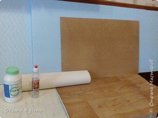 Здравствуйте, всем кто заглянул на страничку. Вот задумала я новый проект Roombox для кукол типа Палок (племяшке на день рождения). Решила с вами делиться результатами, может кто совет дельный даст или идейку подкинет. На сегодня готовы коробка (материалы на фото), кроватка с матрацем, кресло-кровать для гостей, настольная лампа и картина. Кроватку и остальную деревянную мебель уговорила выпилить мужа, чертежи и сборка моя. Кресло-кровать для кукольной комнаты без каркаса. На ваш суд первый этап.  Стены и пол из пенополистерола, как основу использовала ДВП, на пол ещё планирую положить линолиум. фото 1
