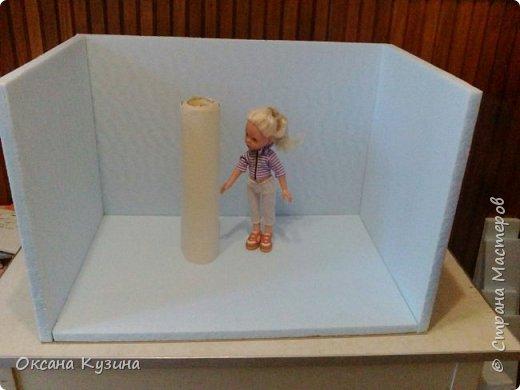 Здравствуйте, всем кто заглянул на страничку. Вот задумала я новый проект Roombox для кукол типа Палок (племяшке на день рождения). Решила с вами делиться результатами, может кто совет дельный даст или идейку подкинет. На сегодня готовы коробка (материалы на фото), кроватка с матрацем, кресло-кровать для гостей, настольная лампа и картина. Кроватку и остальную деревянную мебель уговорила выпилить мужа, чертежи и сборка моя. Кресло-кровать для кукольной комнаты без каркаса. На ваш суд первый этап.  Стены и пол из пенополистерола, как основу использовала ДВП, на пол ещё планирую положить линолиум. фото 2