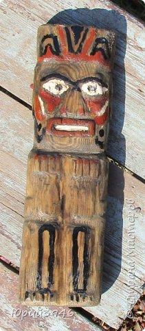 """Деревянный идол. Размер 10 х 30 см.  Всегда интересовался культурой индейских племён и хотел иметь дома что-нибудь """"индейское"""". За прототип взял изображение идола, характерного для индейцев-тинклитов, из Северной Америки (фото в журнале """"Вокруг света"""") фото 5"""