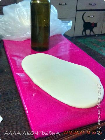 Неплохой материал и для взрослых и для детей- соленое тесто. Пластичное и экологически чистое.Работа доставляет одно удовольствие фото 8