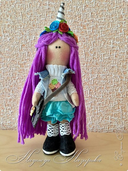 Здравствуйте, после продолжительного перерыва в творчестве возникло желание сделать куколку на день рождения дочери. Вот такая куколка получилась. фото 3