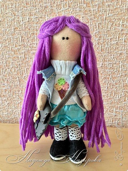Здравствуйте, после продолжительного перерыва в творчестве возникло желание сделать куколку на день рождения дочери. Вот такая куколка получилась. фото 2