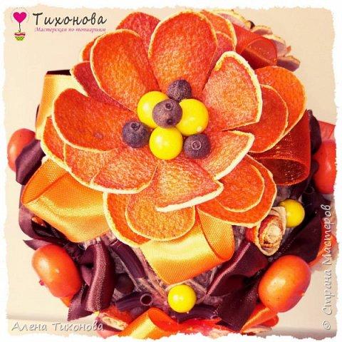Топиарий из искусственных цветов из апельсиновой кожуры от Алены Тихоновой фото 4