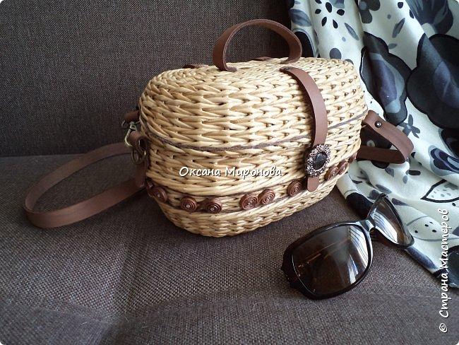 Добрый вечер! Спешу показать вам две новые сумочки. Первую плела на заказ. фото 2