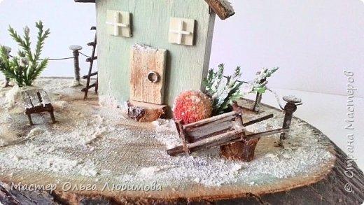 Миниатюра с зимним домиком фото 2