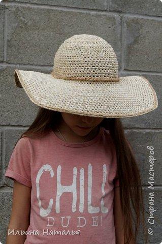 Шляпка с четырехугольными полями фото 2