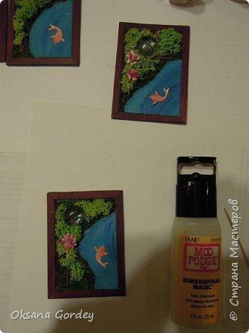 """А вот и моя серия для 1 этапа АТС-игры """"На память о лете"""". В технике Эко. Для меня лето - это зелень, лес, вода, река, озеро, фонтан, рыбки, роса по утрам... Старалась изобразить все это, но получилось так далеко от реальности... Сначала я сделала 8 карточек для игры, а потом не удержалась и еще 4 сделала для друзей в подарок. На этих карточках задники немного отличаются, я не стала там писать, что они сделаны для игры, соответственно поэтому эти АТС не для выбора игрокам. фото 24"""