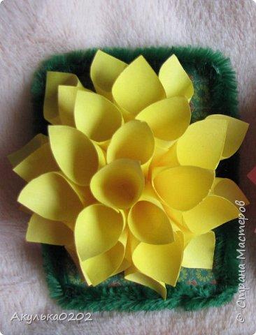 """Всем здравствуйте!!!!Представляю Вам свою серию АТС """" На память о лете"""" по игре , организованной Oksana Gordey  , проживающей здесь  https://stranamasterov.ru/node/1152161   Лето для меня-это цветы, а мои любимые цветы -это георгины! Вот Вам мой букет!Очень надеюсь, что он Вам понравится !Карточек всего девять, так как в букетах должно быть нечетное число цветов.Сначала выбирают участники игры, одну карточку я должна Полине Купряшиной (за сову), если ей понравится, то буду рада! фото 2"""