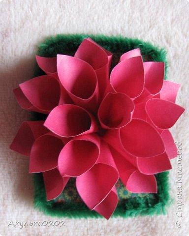 """Всем здравствуйте!!!!Представляю Вам свою серию АТС """" На память о лете"""" по игре , организованной Oksana Gordey  , проживающей здесь  https://stranamasterov.ru/node/1152161   Лето для меня-это цветы, а мои любимые цветы -это георгины! Вот Вам мой букет!Очень надеюсь, что он Вам понравится !Карточек всего девять, так как в букетах должно быть нечетное число цветов.Сначала выбирают участники игры, одну карточку я должна Полине Купряшиной (за сову), если ей понравится, то буду рада! фото 5"""