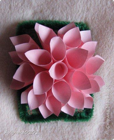 """Всем здравствуйте!!!!Представляю Вам свою серию АТС """" На память о лете"""" по игре , организованной Oksana Gordey  , проживающей здесь  https://stranamasterov.ru/node/1152161   Лето для меня-это цветы, а мои любимые цветы -это георгины! Вот Вам мой букет!Очень надеюсь, что он Вам понравится !Карточек всего девять, так как в букетах должно быть нечетное число цветов.Сначала выбирают участники игры, одну карточку я должна Полине Купряшиной (за сову), если ей понравится, то буду рада! фото 6"""