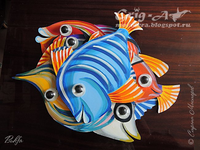 Добрый день! Сегодня у нас рыбки и волны. Вот как их много и все разные. Это домашнее задание на летние каникулы.
