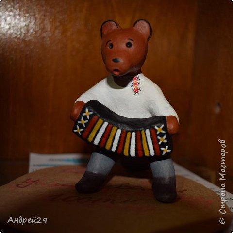 Медведь с гармонью фото 3