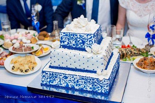 Свадебный торт в синем цвете. Квадратный торт.  фото 1