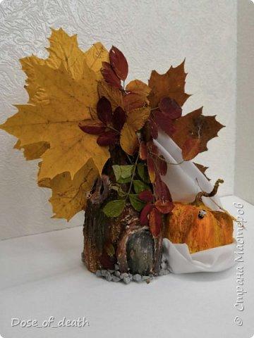 Пришла осень, а с ней и время поделок в садик. Вот и у нас с доченькой родилось такое осеннее дерево.  фото 1