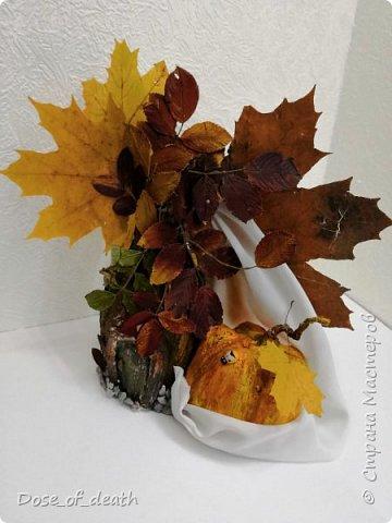 Пришла осень, а с ней и время поделок в садик. Вот и у нас с доченькой родилось такое осеннее дерево.  фото 4