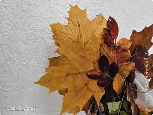 Пришла осень, а с ней и время поделок в садик. Вот и у нас с доченькой родилось такое осеннее дерево.  фото 9