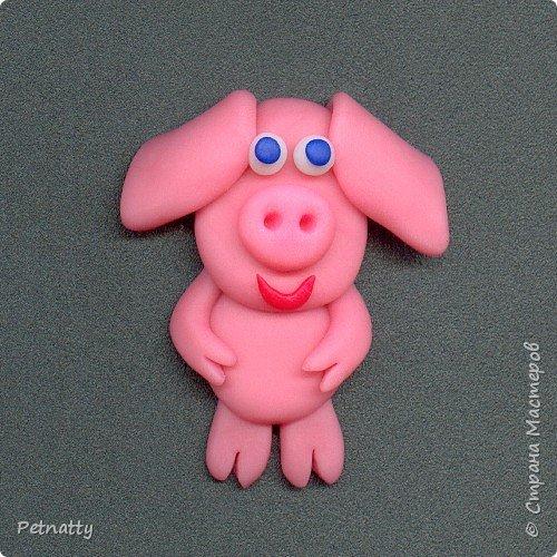 Свинки - магниты на холодильник из запекаемой пластики (цернит). Делала 12 лет назад к новому году. фото 4