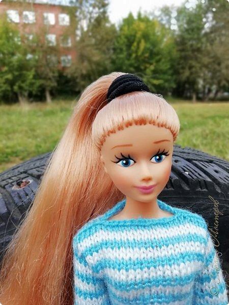 Накопились у меня тут фото ))) Это Миранда в новом платье свитере . Гуляли на озере . фото 13