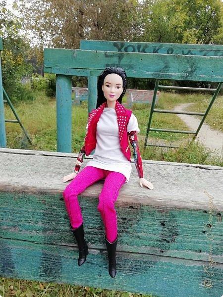 Накопились у меня тут фото ))) Это Миранда в новом платье свитере . Гуляли на озере . фото 18