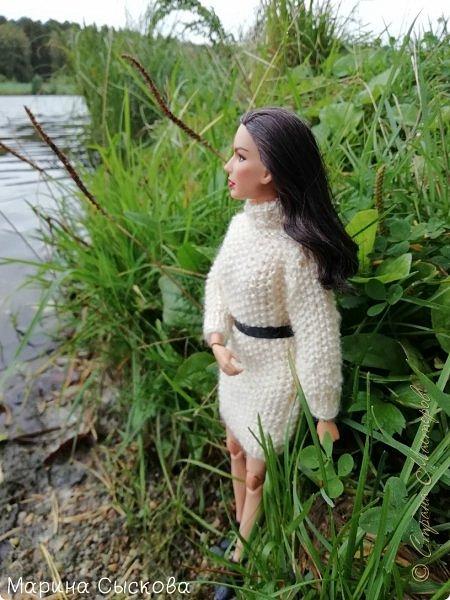 Накопились у меня тут фото ))) Это Миранда в новом платье свитере . Гуляли на озере . фото 3