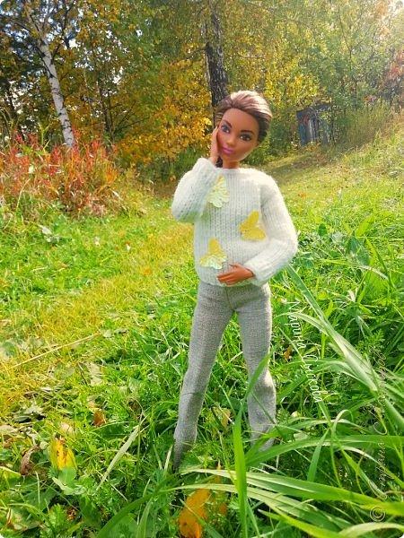 Накопились у меня тут фото ))) Это Миранда в новом платье свитере . Гуляли на озере . фото 28