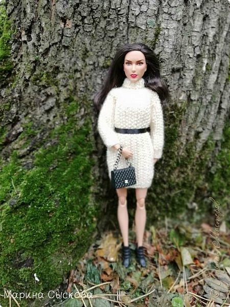 Накопились у меня тут фото ))) Это Миранда в новом платье свитере . Гуляли на озере . фото 10