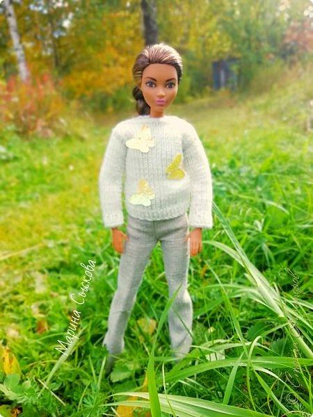 Накопились у меня тут фото ))) Это Миранда в новом платье свитере . Гуляли на озере . фото 30