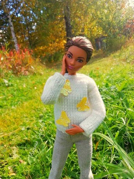 Накопились у меня тут фото ))) Это Миранда в новом платье свитере . Гуляли на озере . фото 29