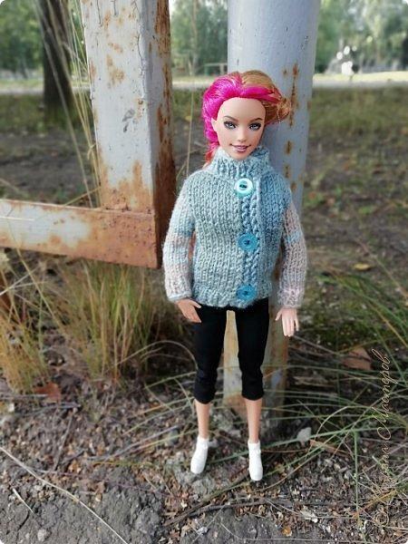 Накопились у меня тут фото ))) Это Миранда в новом платье свитере . Гуляли на озере . фото 23