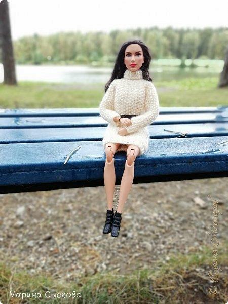 Накопились у меня тут фото ))) Это Миранда в новом платье свитере . Гуляли на озере . фото 8