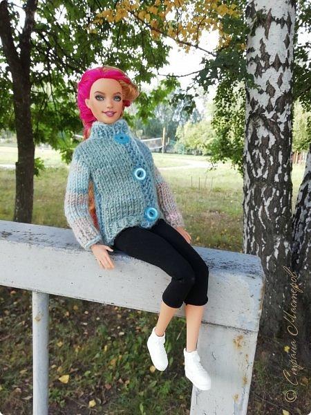 Накопились у меня тут фото ))) Это Миранда в новом платье свитере . Гуляли на озере . фото 25