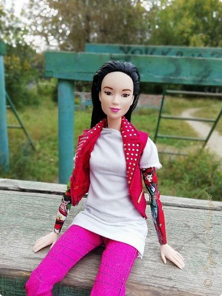 Накопились у меня тут фото ))) Это Миранда в новом платье свитере . Гуляли на озере . фото 17