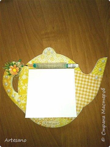 Кухонные магнитики в подарок.  Заготовки для магнитов вырезаны из фанеры. фото 2