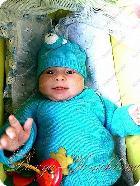 Свитерок и шапочка  для мальчика. фото 1