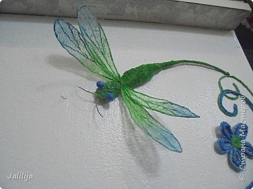 Приветствую всех заглянувших ко мне на страницу, посмотреть на моих стрекоз. Не ищите к какому виду стрекоз они относятся. Эти зелёно-голубые красавицы родились исключительно в моём воображении. фото 18