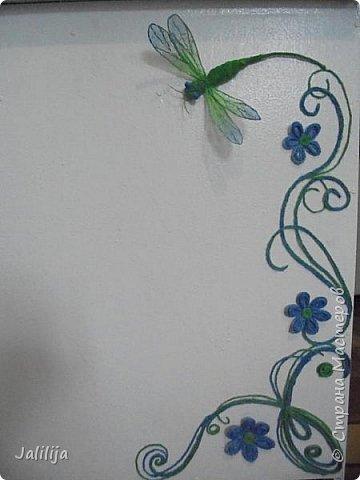 Приветствую всех заглянувших ко мне на страницу, посмотреть на моих стрекоз. Не ищите к какому виду стрекоз они относятся. Эти зелёно-голубые красавицы родились исключительно в моём воображении. фото 21