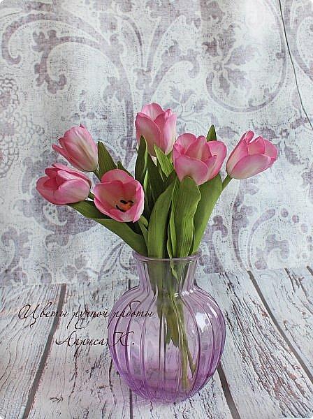 Когда солнышко радует все реже, тучки все чаще, а на душе весна !Просто необходимы тюльпаны!!!! Много тюльпанов!!! Для самого чудесного настроения на всю зиму! Да что там на зиму-на года!!!  фото 11