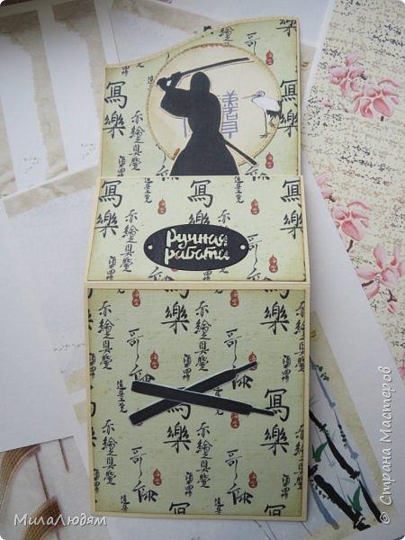 Доброго времени суток всем! Я продолжаю Самурайскую тему. Вторая открыточка. Она мне очень нравится.Она получилась очень органичная. Только она розовая, нежная и женственная. Или мне так кажется? Напоминаю: Тямбара - это «бой на мечах», специфический для Японии жанр историко-приключенческого кино, повествующий о самураях и сражениях на мечах, своего рода аналог американских вестернов и европейских фильмов плаща и шпаги. Слово «тямбара» происходит от «тянтян-барабара» звукоподражания, описывающего звук мечей в бою. Википедия фото 14