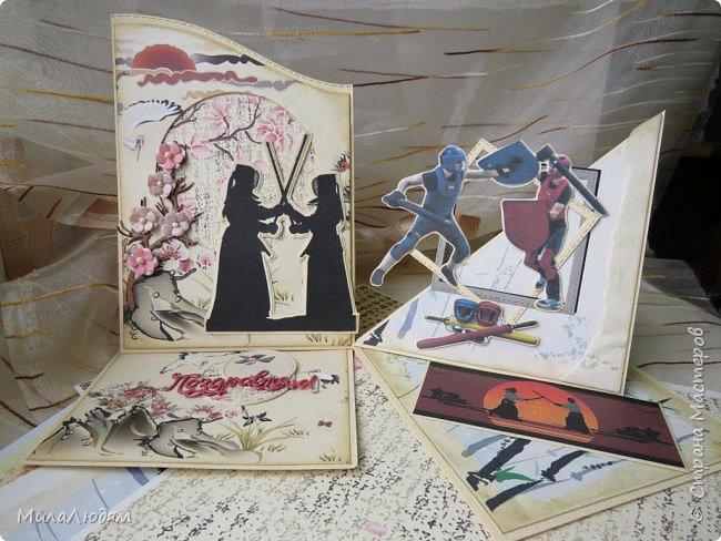 Доброго времени суток всем! Я продолжаю Самурайскую тему. Вторая открыточка. Она мне очень нравится.Она получилась очень органичная. Только она розовая, нежная и женственная. Или мне так кажется? Напоминаю: Тямбара - это «бой на мечах», специфический для Японии жанр историко-приключенческого кино, повествующий о самураях и сражениях на мечах, своего рода аналог американских вестернов и европейских фильмов плаща и шпаги. Слово «тямбара» происходит от «тянтян-барабара» звукоподражания, описывающего звук мечей в бою. Википедия фото 20