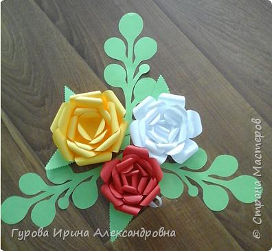 """Украшение """"Розы из бумаги"""" фото 2"""