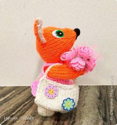 Рыжая Лисичка с розами. фото 2