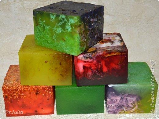 Букет смотрится эффектнее, чем как-либо по другому упакованные брусочки мыла, поэтому продолжаю их делать. фото 9